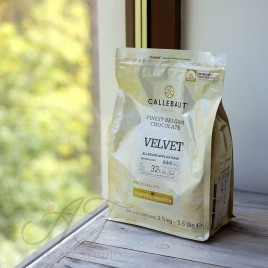 Шоколад белый 32% Velvet Callebaut, в каллетах, 500г