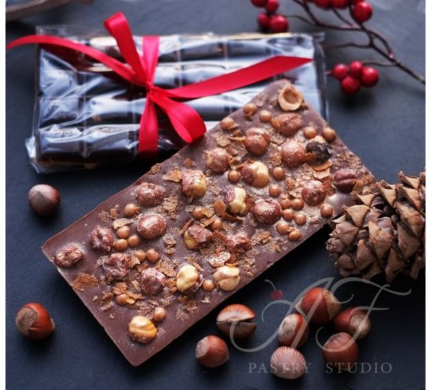 Жемчужины из карамельно-молочного шоколада с хрустящим печеньем