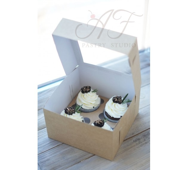 Коробка для капкейков с окном на 4 шт. крафтовая, 17х17х10 см