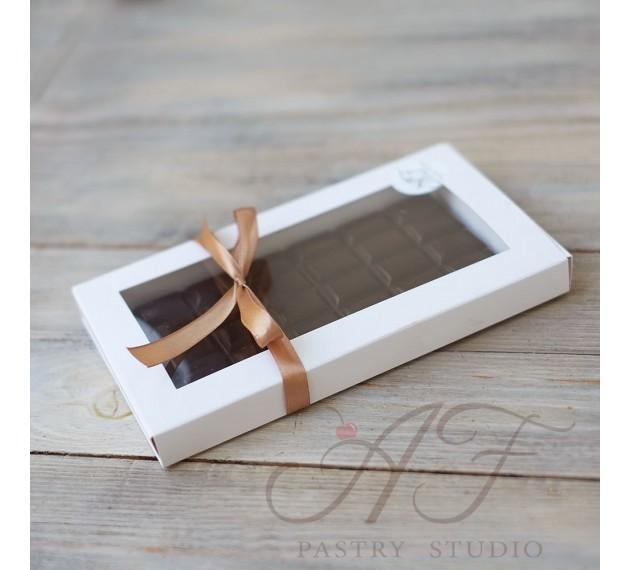 Коробка для шоколадной плитки с бортом, с окном, 19х11х1,8см, белая
