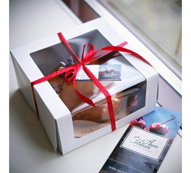Коробка для торта с прозрачным окном, белая, 22,5х22,5х11 см